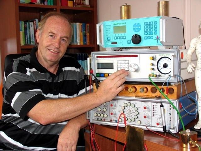 Henk Calis gebruikt uitsluitend professionele apparatuur voor bioresonantie therapie